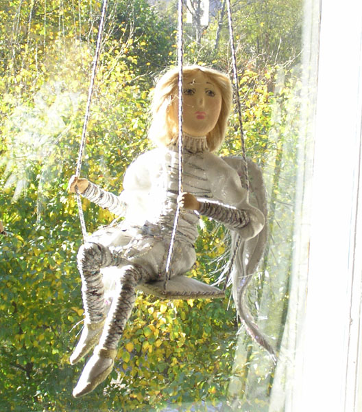 Ангел на качелях  авторская кукла