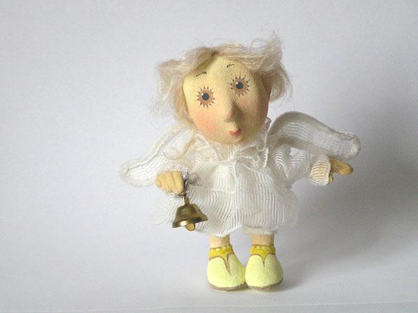 Ангелочик с колокольчиком Авторская кукла папье-маше текстиль